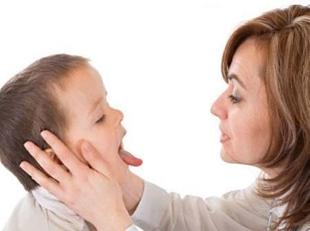 trẻ bị ho có nên dùng kháng sinh 3