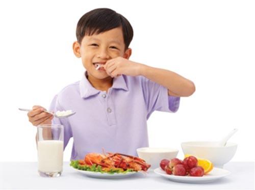 Thay đổi chế độ ăn uống để chữa chứng suy dinh dưỡng ở trẻ em