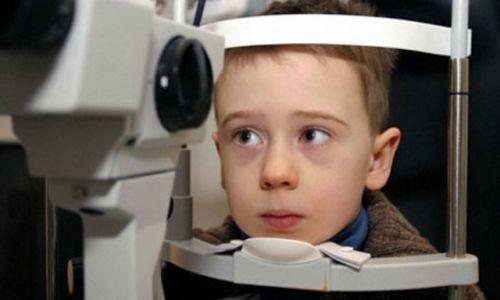 nguyên nhân trẻ bị nhược thị