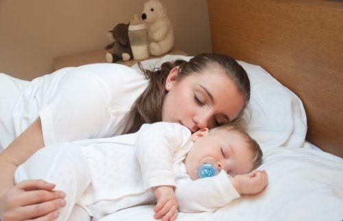 trẻ ngủ đủ giấc tăng đề kháng