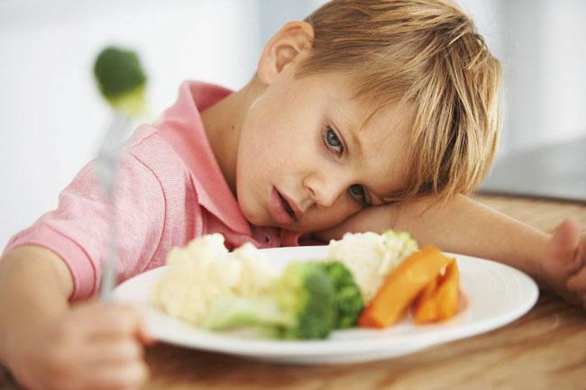 trẻ không tiêu hóa hết thức ăn