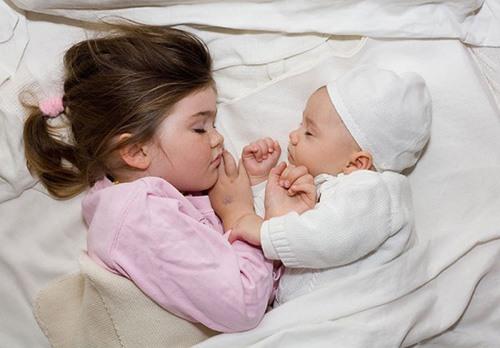 giấc ngủ đủ với trẻ nhỏ