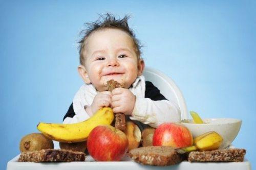 Những loại thực phẩm không nên cho trẻ ăn dặm