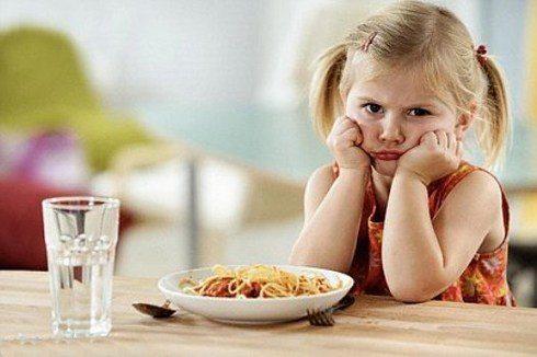 trẻ thường chê thức ăn mẹ nấu