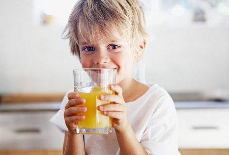 Trẻ nên uống nhiều nước