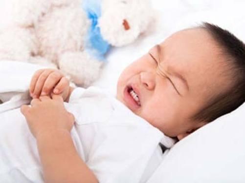 vấn đề rối loạn tiêu hóa thường gặp ở trẻ