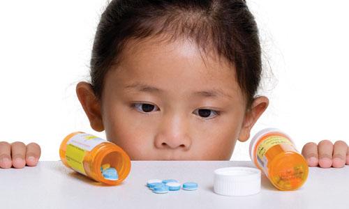 Bé bị rối loạn tiêu hoá khi dùng kháng sinh
