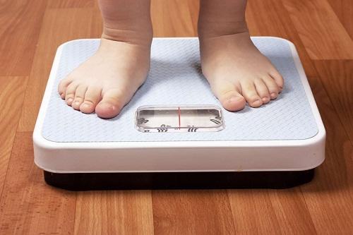 Trẻ không tăng cân do suy dinh dưỡng