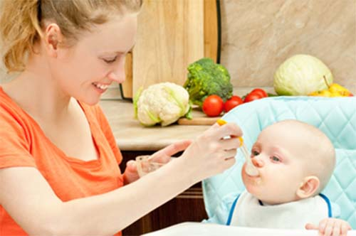 Thực đơn ăn dặm cho bé 6 tháng tuổi của Viện dinh dưỡng