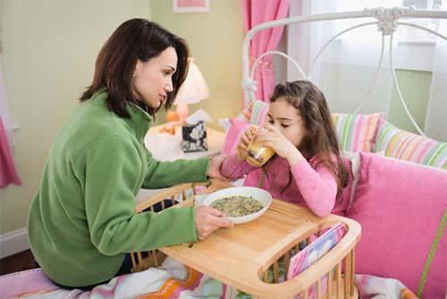 Chế độ ăn nhiều đạm, prrotein cũng dễ khiến trẻ bị tiêu chảy