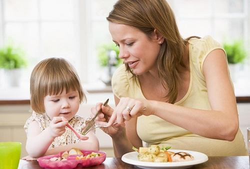 Chú ý thực phẩm cho bé