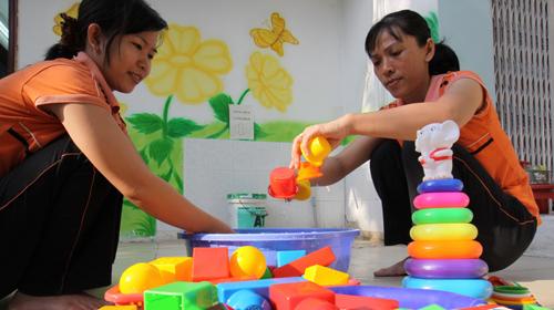 vệ sinh đồ chơi cho trẻ