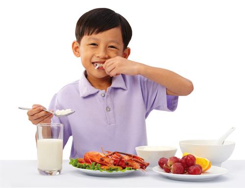 Giúp trẻ tăng cân khỏe mạnh