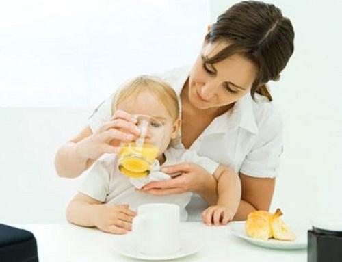 bị rối loạn tiêu hóa có nên uống nước cam