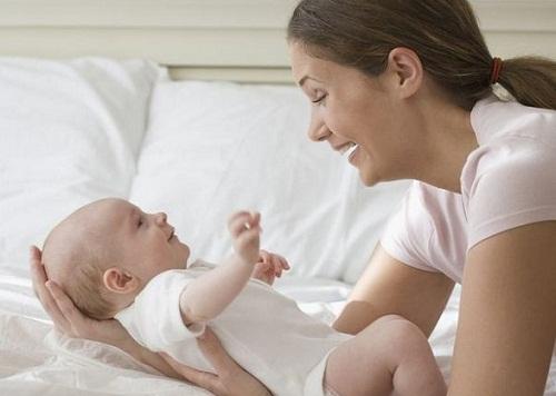 cách chăm sóc trẻ sơ sinh suy dinh dưỡng