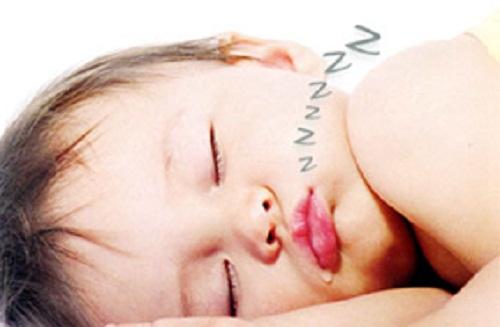 trẻ ngủ ngáy