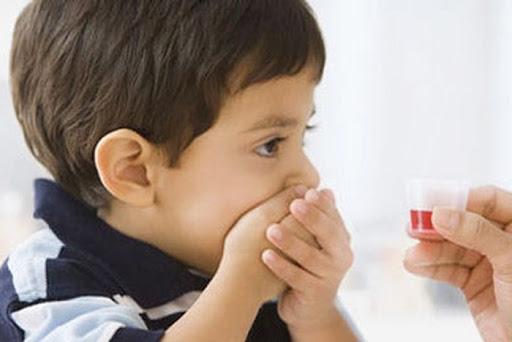 Không tự ý dùng kháng sinh hay thuốc cầm tiêu chảy khi trẻ nhiễm rotavirus