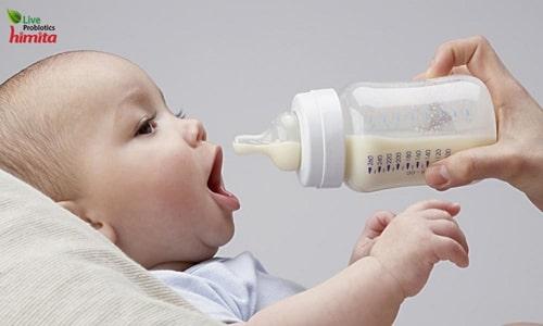 trị nấc cụt trẻ sơ sinh