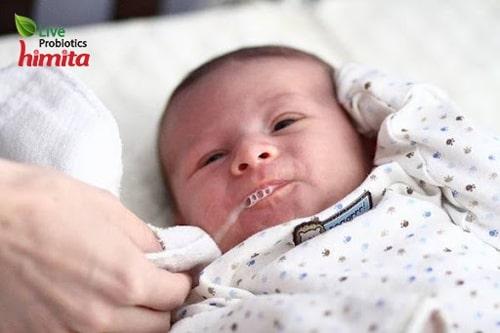 mẹo chữa nấc cụt ở trẻ sơ sinh