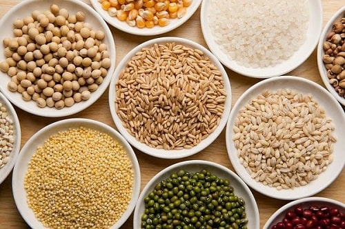 cách tập cho trẻ ăn cơm